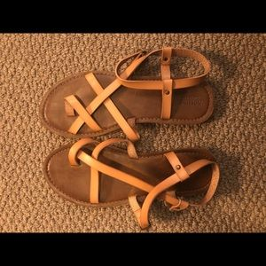 Sandals in size 9W